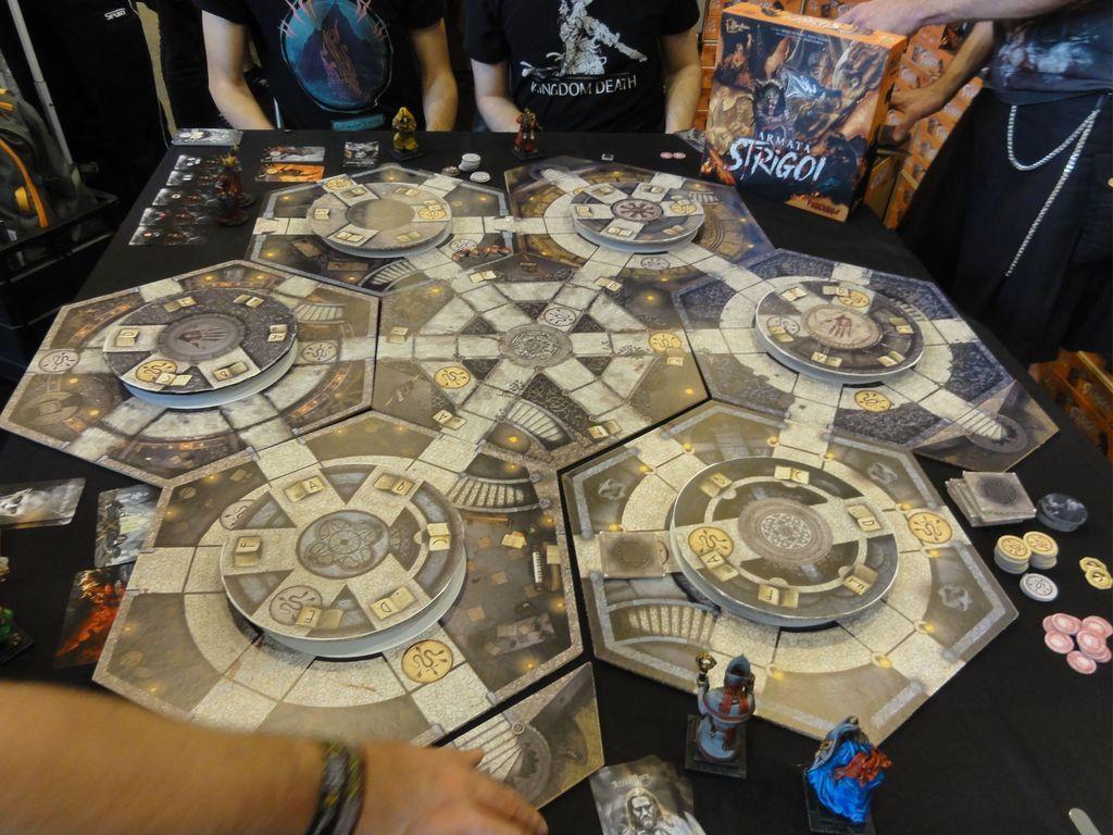 Armata Strigoi game board