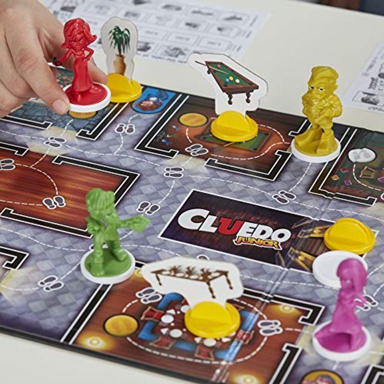 Clue Junior: Case of the Broken Toy gameplay