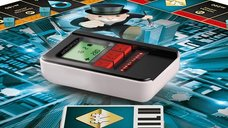 Monopoly: Ultimate Banking components