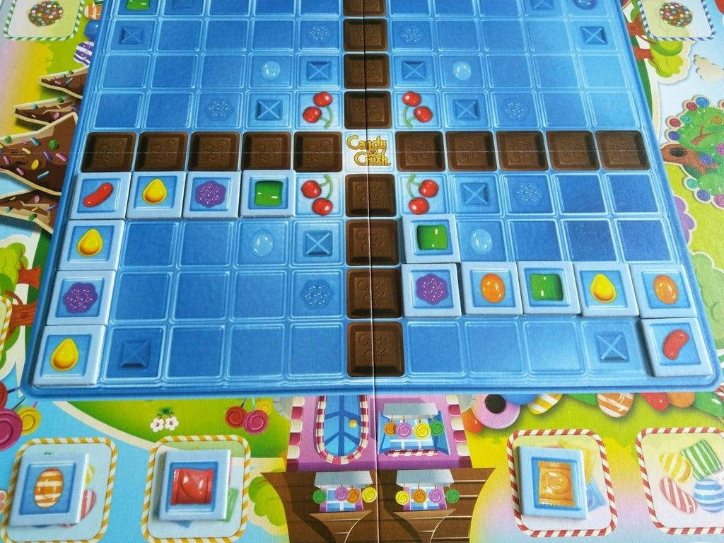 Candy Crush: The Boardgame gameplay