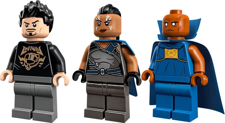 LEGO® Marvel Tony Stark's Sakaarian Iron Man minifigures