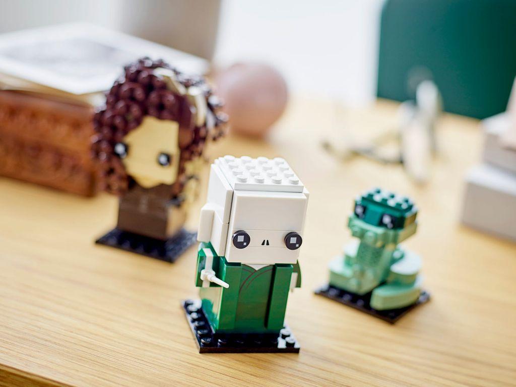 LEGO® BrickHeadz™ Voldemort™, Nagini & Bellatrix gameplay