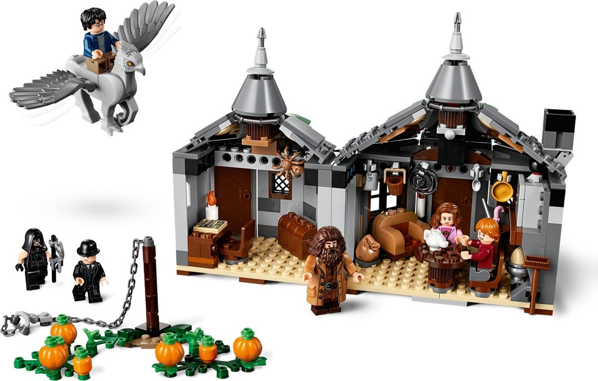 LEGO® Harry Potter™ Hagrid's Hut Buckbeak's Rescue interior