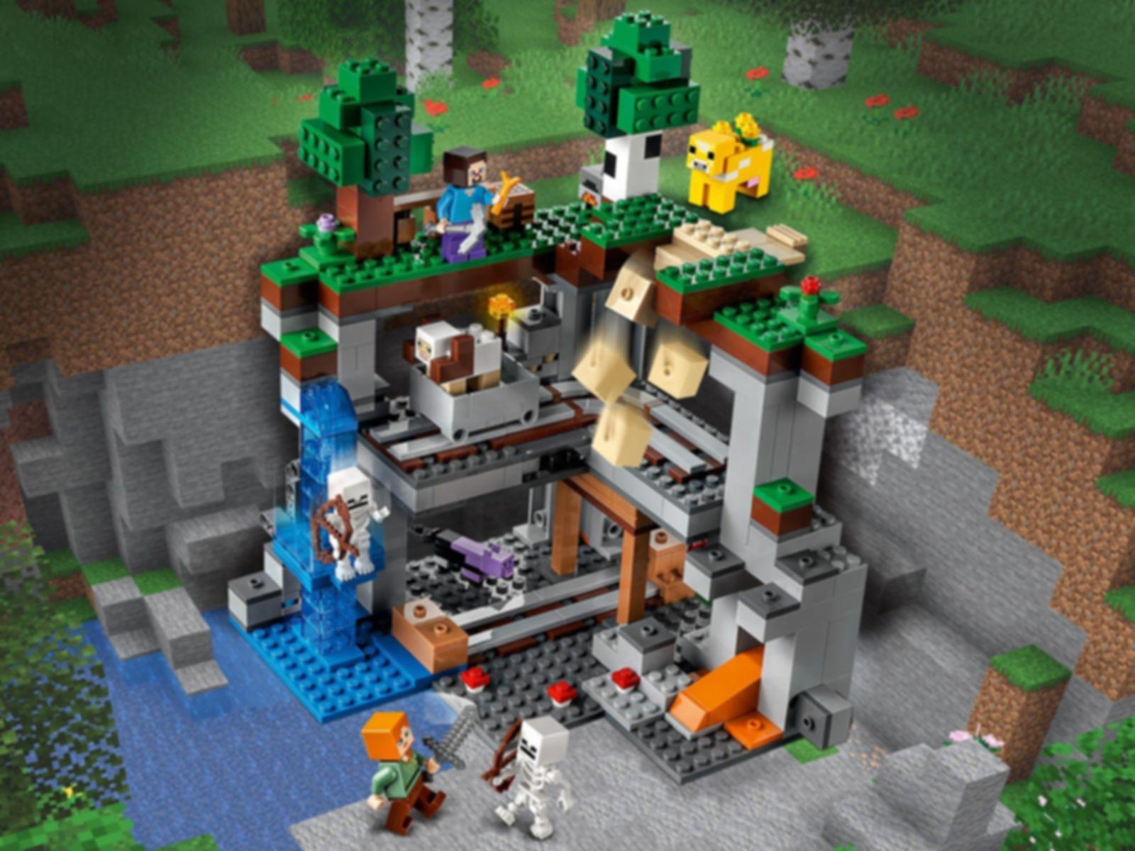 LEGO® Minecraft The First Adventure gameplay