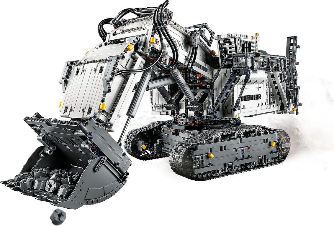 Liebherr R 9800 Excavator components