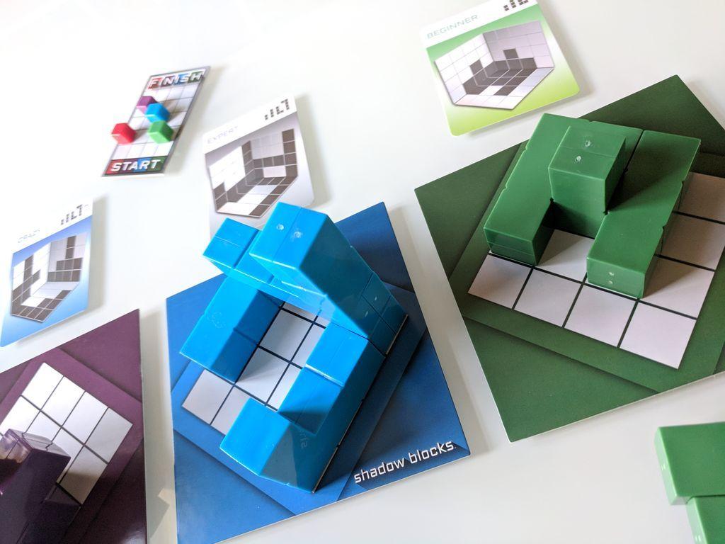 Shadow Blocks gameplay