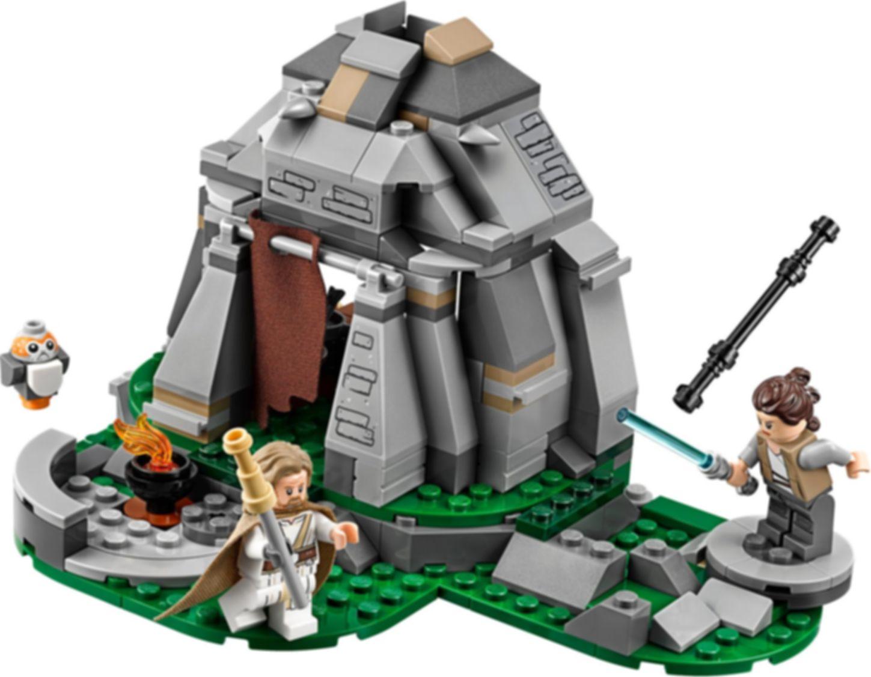 LEGO® Star Wars Ahch-To Island™ Training gameplay