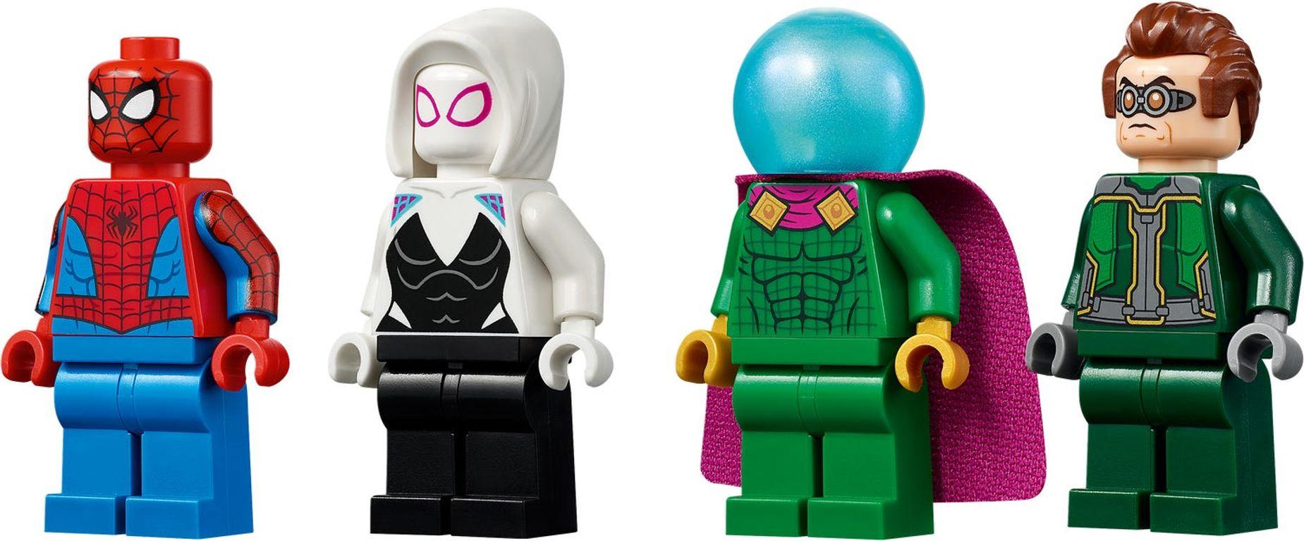 Spider-Man's Monster Truck vs. Mysterio minifigures