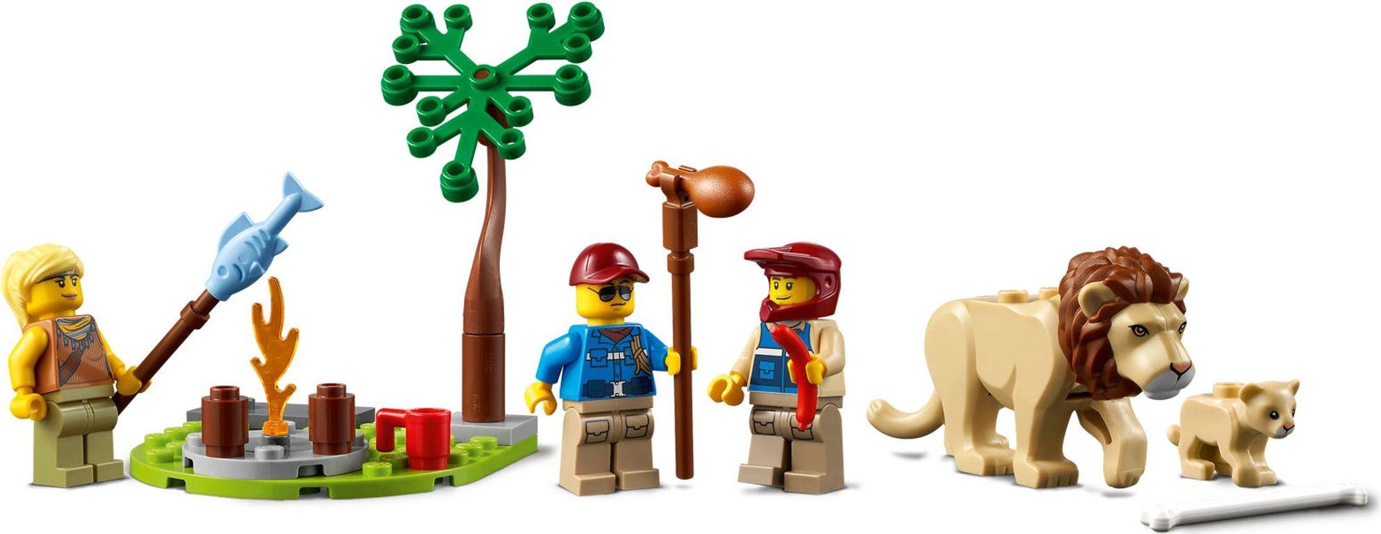 LEGO® City Wildlife Rescue Off-Roader minifigures