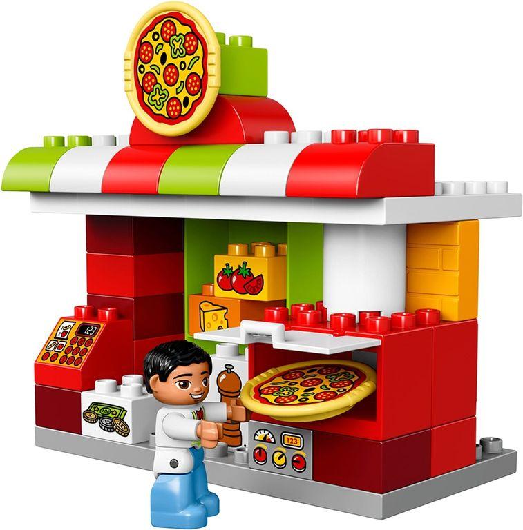 LEGO® DUPLO® Pizzeria gameplay