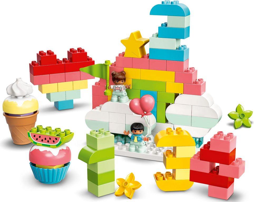 LEGO® DUPLO® Creative Birthday Party components