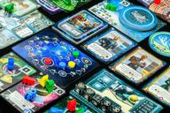 Tiny Epic Galaxies: Beyond the Black gameplay