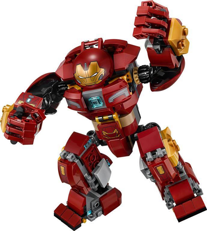 LEGO® Marvel The Hulkbuster Smash-Up components