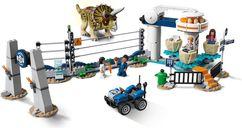 LEGO® Jurassic World Triceratops Rampage gameplay