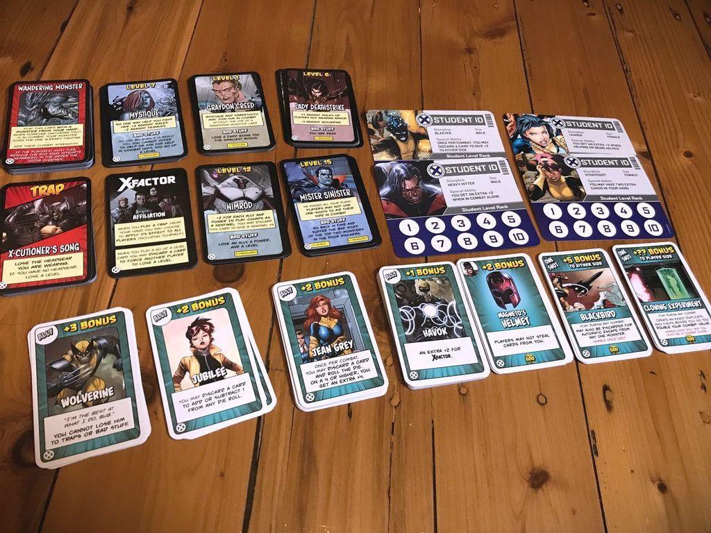 Munchkin X-Men cards