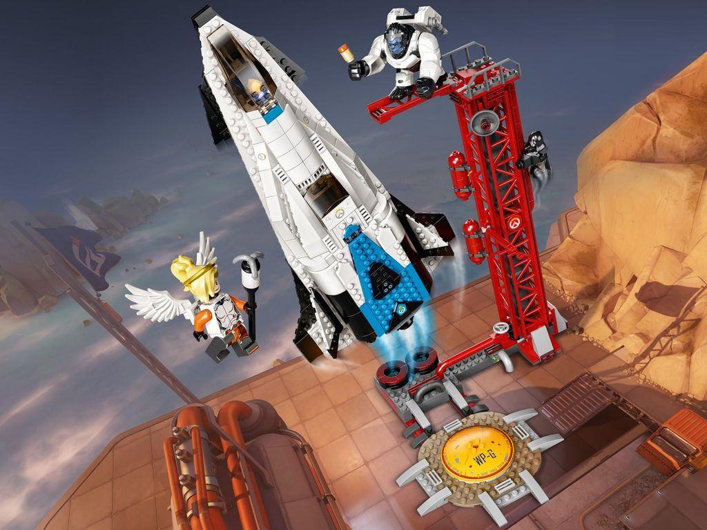 LEGO 75975 Watchpoint: Gibraltar gameplay