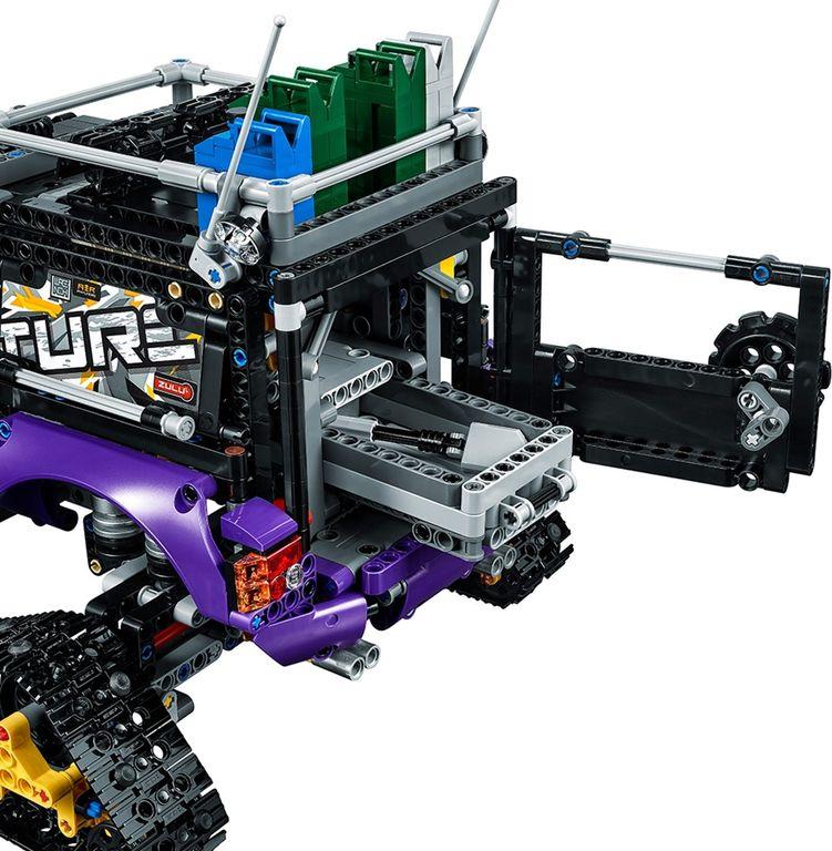 LEGO® Technic Extreme Adventure back side