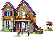 Mia's House gameplay