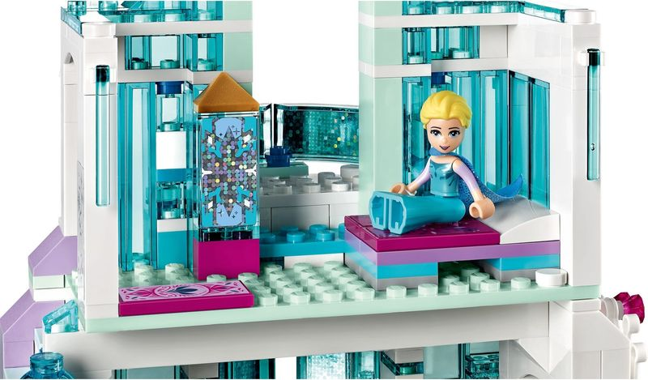 LEGO® Disney Elsa's Magical Ice Palace interior