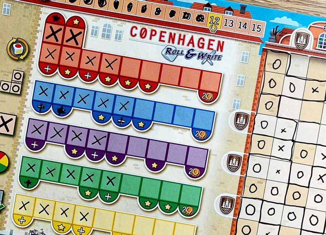 Copenhagen: Roll & Write gameplay