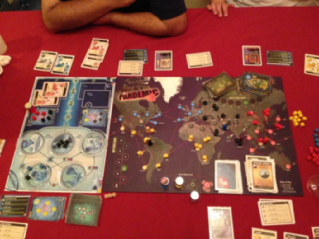 Pandemic: In the Lab gameplay