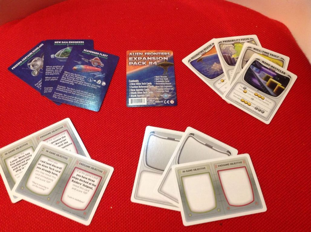 Alien Frontiers: Expansion Pack #4 components