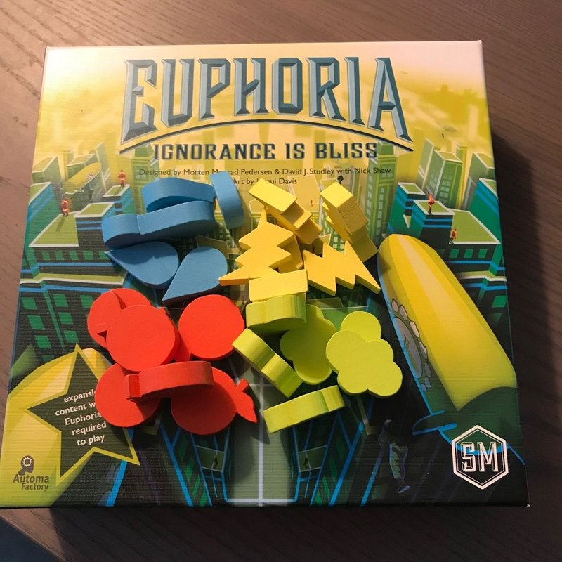 Euphoria: Ignorance Is Bliss components