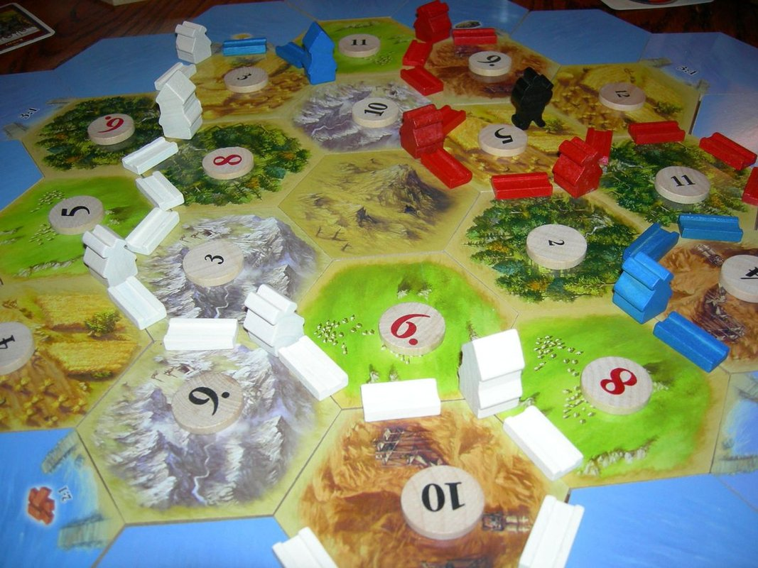 The Settlers of Catan: 15th Anniversary Wood Edition gameplay