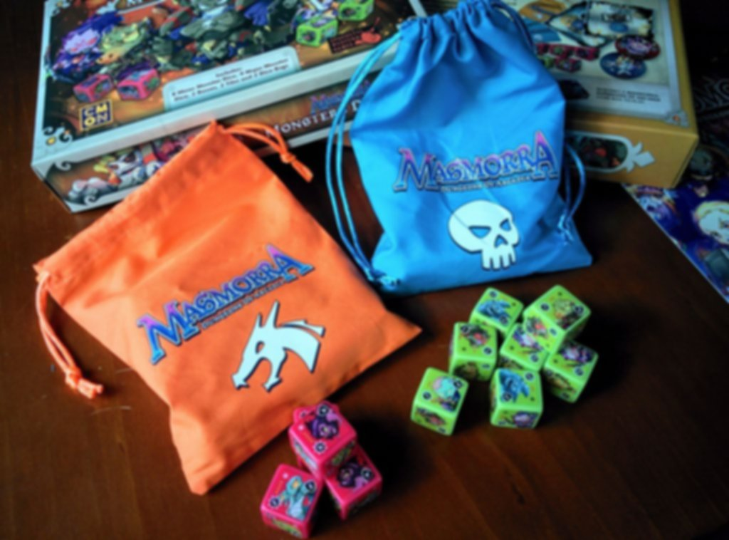 Masmorra: Dungeons of Arcadia - Monsters Dice Set componenti