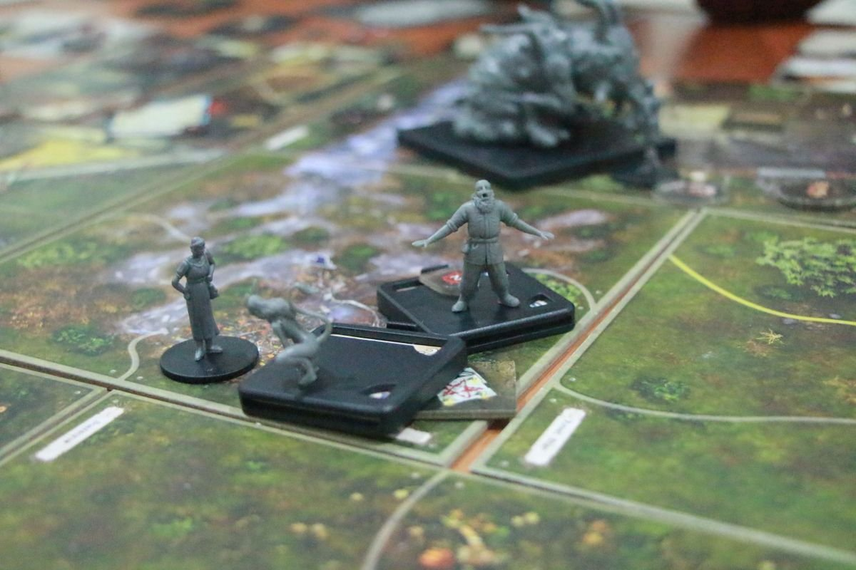 Mansions of Madness: Call of the Wild miniature