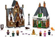 LEGO® Harry Potter™ Hogsmeade™ Village Visit components