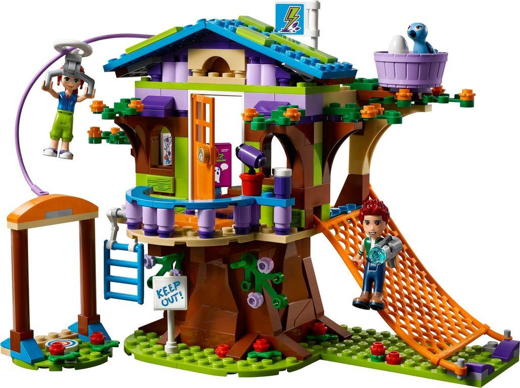 Mia's Tree House components