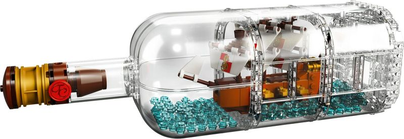 LEGO® Ideas Ship in a Bottle components