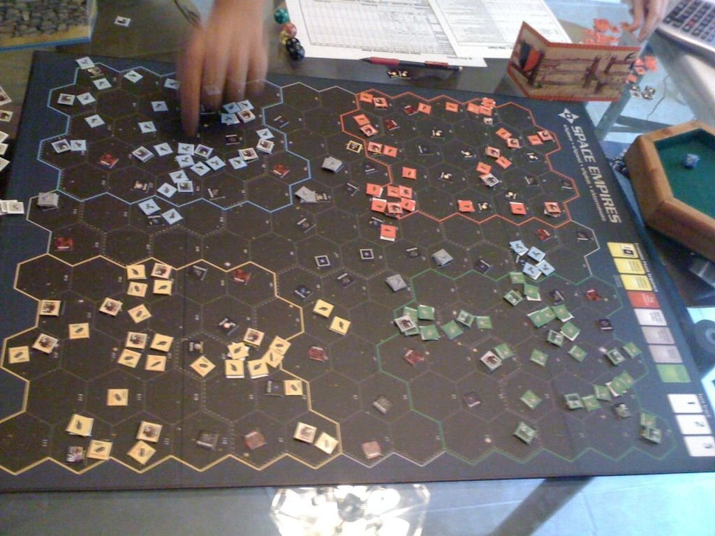 Space+Empires%3A+4X+%5Btrans.gameplay%5D