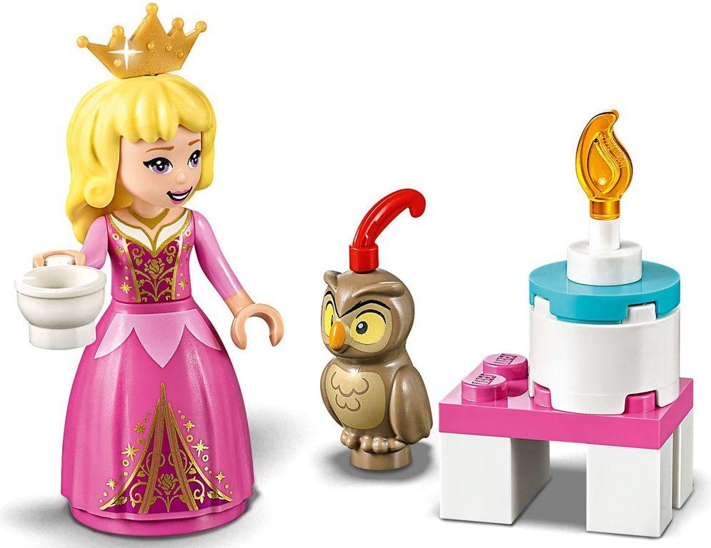 LEGO® Disney Aurora's Royal Carriage minifigures