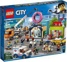 LEGO® City Donut Shop Opening
