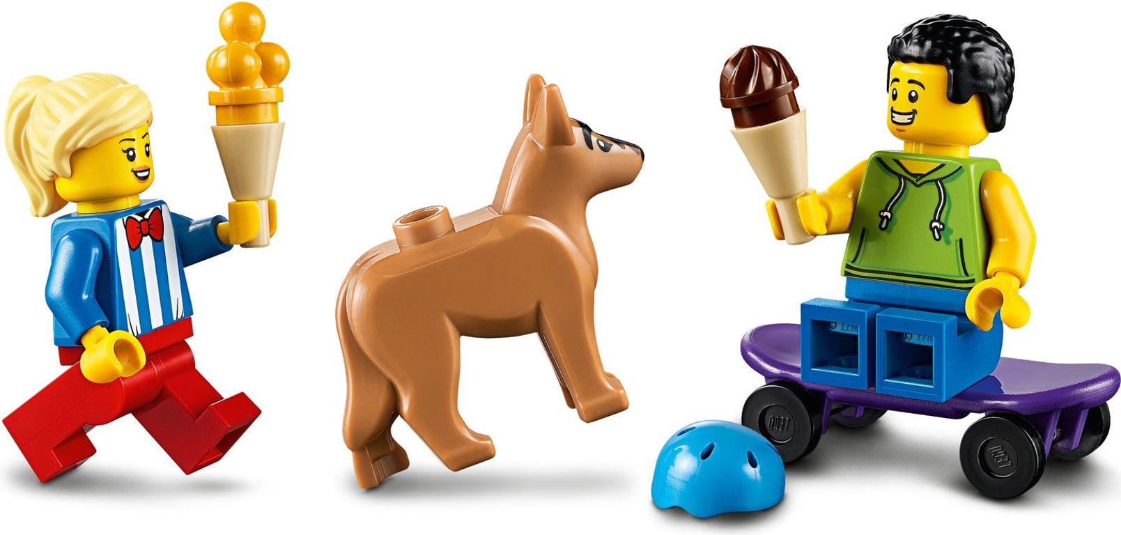 LEGO® City Ice-Cream Truck minifigures