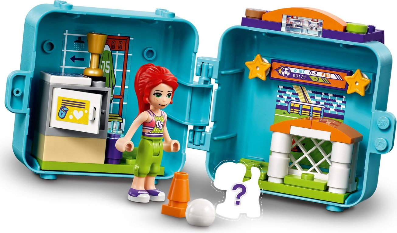 LEGO® Friends Mia's Soccer Cube gameplay