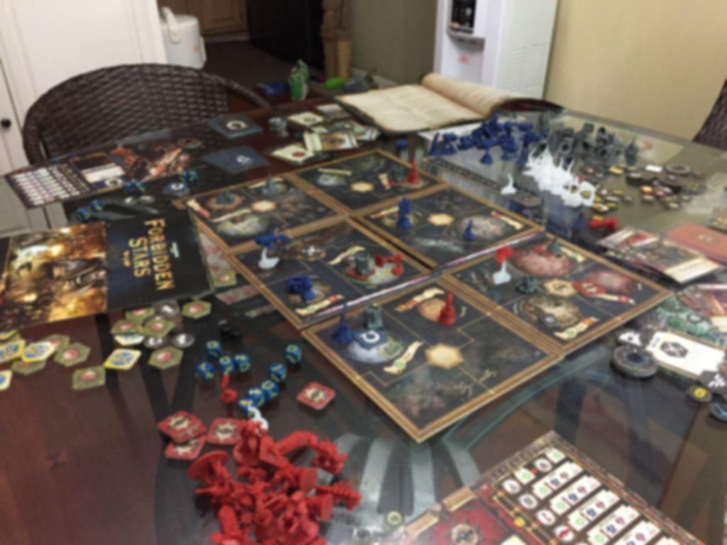 Warhammer 40K: Forbidden Stars gameplay