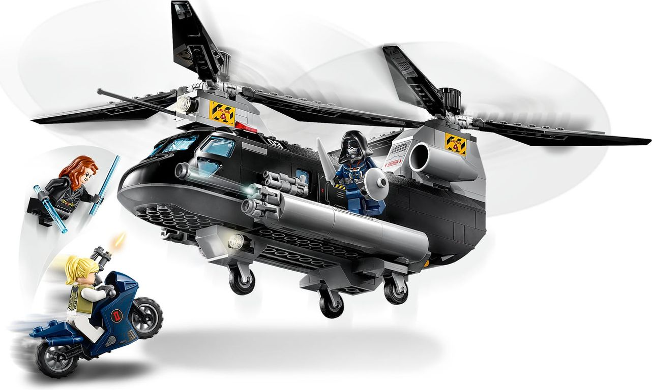 LEGO® Marvel Black Widow's Helicopter Chase gameplay