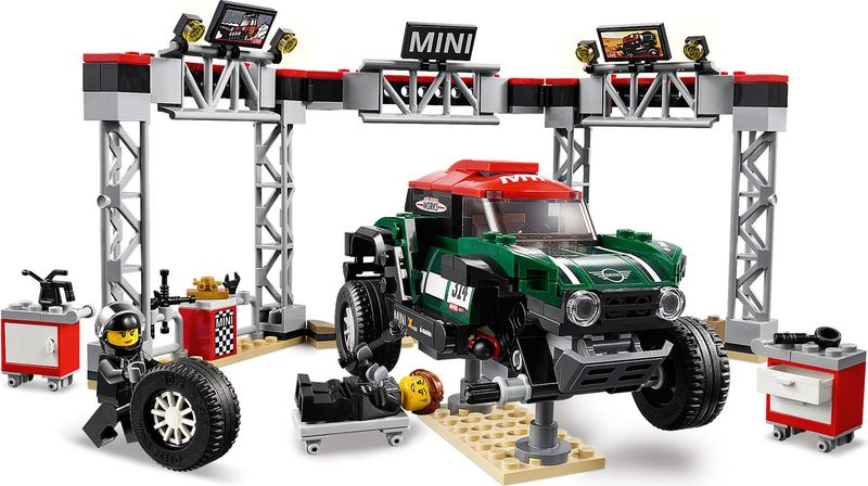 LEGO® Speed Champions 1967 Mini Cooper S Rally and 2018 MINI John Cooper Works Buggy gameplay