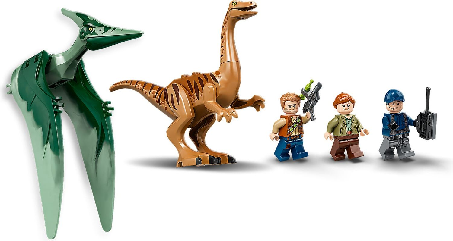 Gallimimus and Pteranodon Breakout minifigures
