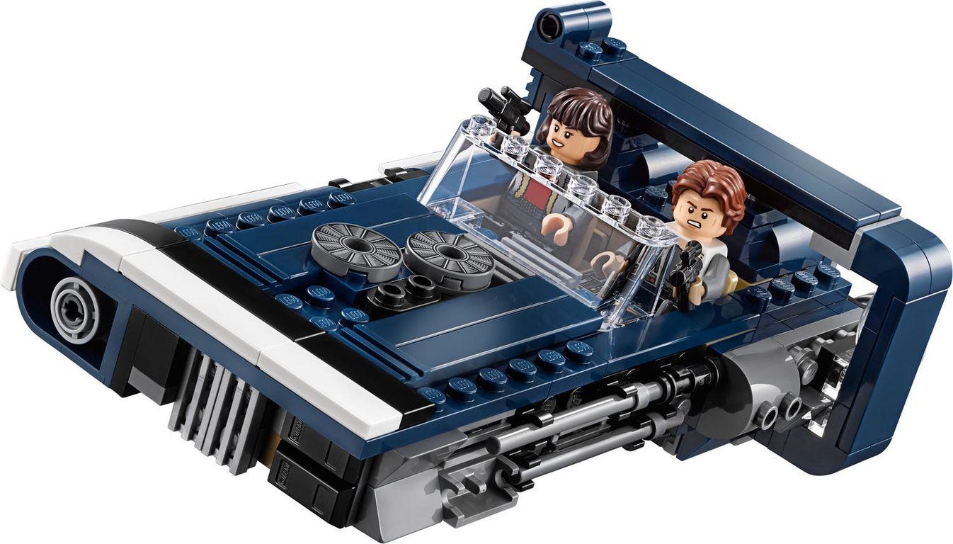 LEGO® Star Wars Han Solo's Landspeeder™ gameplay