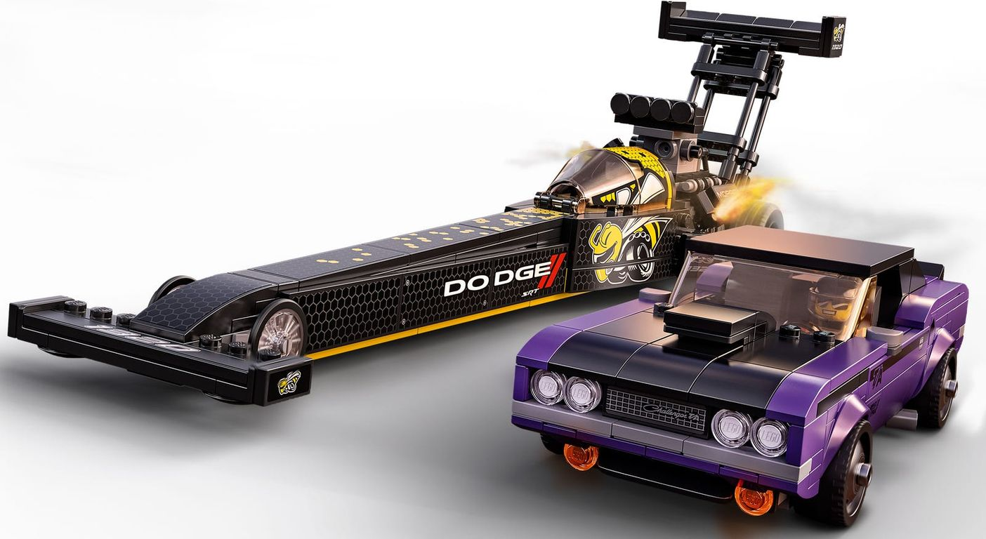 LEGO® Speed Champions Mopar Dodge//SRT Top Fuel Dragster and 1970 Dodge Challenger T/A gameplay