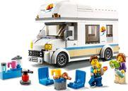Holiday Camper Van gameplay