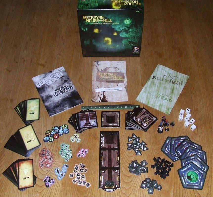 Betrayal at House on the Hill components