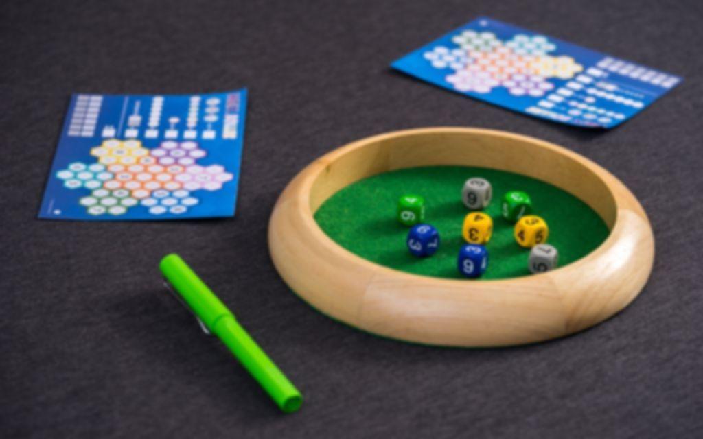 HexRoller gameplay
