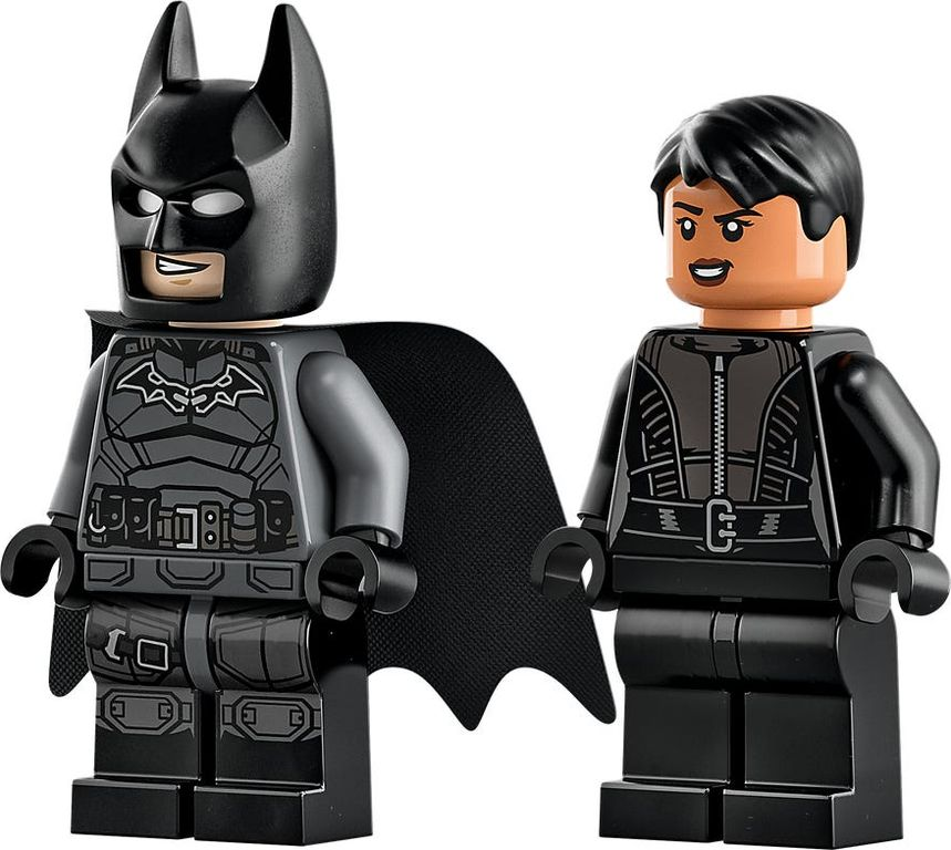 LEGO® DC Superheroes Batman™ & Selina Kyle™ Motorcycle Pursuit minifigures