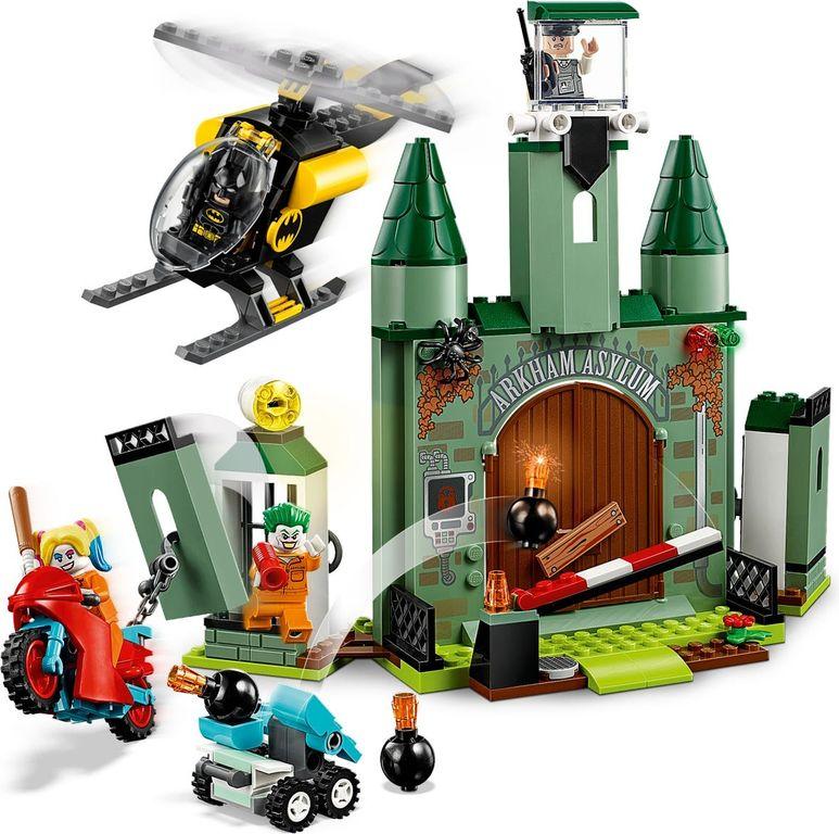 LEGO® DC Superheroes Batman™ and The Joker™ Escape gameplay