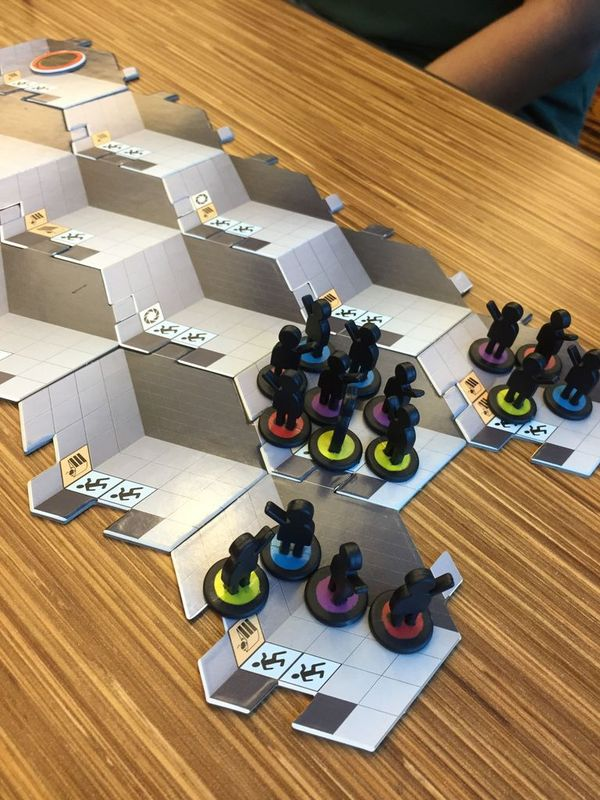 Portal: The uncooperative cake acquisition game components